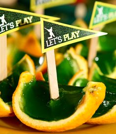 These Jelly Boats are nifty snacks perfect for a sports party and can be dressed up for a party too! 7th Birthday Party Ideas, Birthday Cup, Birthday Parties, Themed Parties, Cricket Cake, Sports Themed Cakes, Cricket Crafts, Sports Party, Childrens Party