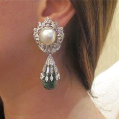 Earrings with diamonds, emerald & baroque pearls.