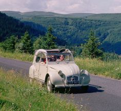 Citroen 2CV - my teenage years were spent dreaming about owning one of these.... The one that got away