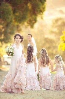 Estos vestidos de #dama son preciosos! / These #bridesmaids dresses are so cute!