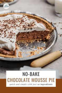 This quick + simple no-bake chocolate mousse pie comes together in minutes and will make your holiday entertaining a breeze! Easy Pie Recipes, Quick Easy Desserts, Baking Recipes, Delicious Desserts, Dessert Recipes, Gourmet Desserts, Plated Desserts, Dessert Ideas, Yummy Recipes