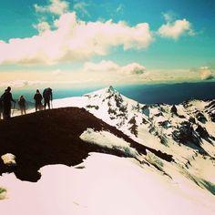 Foto tirada no Tongariro na Nova Zelandia. Um dos cenários do Senhor dos Anéis. #montanha #snow #neve #mountain #thelordoftherings #aventura #viagem