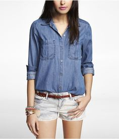 the classic denim shirt that's trending right now! Get 5% Cash Back http://www.studentrate.com/itp/get-itp-student-deals/Express-5percent-Student-Discount--/0