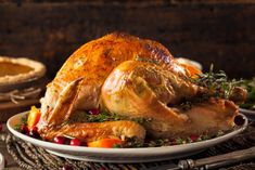 There are many different ways you can prepare your Thanksgiving Turkey. One video shows you how to prepare a classic oven-roasted turkey. The second video goes a bit off the beaten path and shows you how to smoke a Cajun-style turkey for Thanksgiving. Thanksgiving Leftovers, Thanksgiving Recipes, Thanksgiving Table, Food Safety Tips, Roast Turkey Recipes, Fresh Turkey, Warm Food, Cooking Equipment, Cooking Turkey