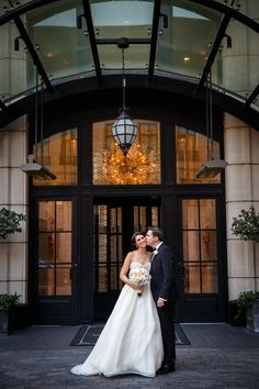 Photography: www.annkam.com Flowers: www.dillylily.com Read More: http://www.stylemepretty.com/2015/04/30/glam-gatsby-waldorf-astoria-chicago-wedding/