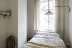 Birkagatan josefin hååg fantastic frank bedroom vägglampa fönster