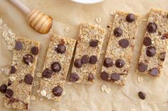 No Bake Chocolate Chip Muesli Bars - Goodie Goodie Lunchbox