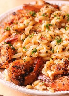 Shrimp Orzo in Creamy Wine Sauce is one easy shrimp orzo pasta dish that's ready in 30 minutes! Less dishes, but a meal with maximum flavor! Fast and fresh dinner! Have you tried shrimp with orzo Orzo Recipes, Shrimp Recipes For Dinner, Seafood Dinner, Fish Recipes, Seafood Recipes, Cooking Recipes, Healthy Recipes, Shrimp Dishes, Al Dente