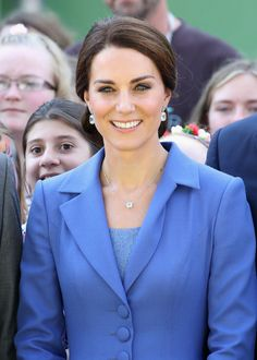 """On July 19, 2017, Kate debuted this blue topaz flower pendant necklace. From the website: """"The stunning Eden necklace features a blue topaz flower surrounded by pave set diamonds in 18ct whit…"""