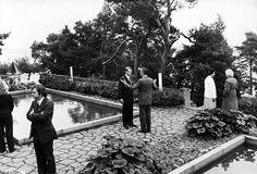 Mauno Koivisto ja George Bush tapasivat ensimmäisen kerran kesällä 1983 Kultarannassa. Tapaamiseen osallistuivat myös puolisot Tellervo Koivisto ja Barbara Bush.