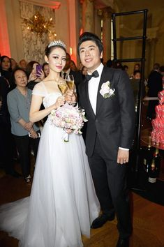 The Fairytale Gina Alice and Lang Lang Wedding - Salon Prive Mag Prince Michael Of Kent, Bianca Jagger, Wedding Of The Year, White Gowns, Wedding Dinner, French Films, Bride Look, Young Couples, Newlyweds