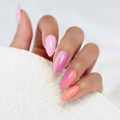 Today's nail inspiration! I am in love with colors!!! @kosmetycznahedonistka