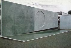 ben nicholson kassel dokumenta wall, 1964 photo by felicitas vogler