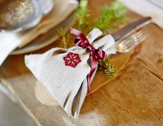 Embroidered cutlery bag!