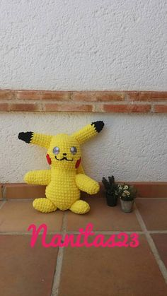 Plush pikachu amigurumi to soft trapillo to crochet pokemon
