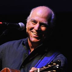Jimmy Buffett,another picture of a happy guy who plays great music and puts on a great show too. Jimmy Buffett Margaritaville, Happy Guy, Blues Music, Music Music, Country Music Singers, Biography, Musicals, How To Memorize Things, Handsome