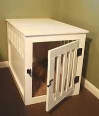 A homemade dog crate. Would LOVE this in my house!