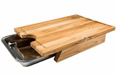 Tábua para carnes com bandeja em inox - Coisas de Boteco Diy Wood Projects, Wood Crafts, Diy And Crafts, Woodworking Box, Woodworking Projects, Wooden Chair Plans, Trendy Furniture, Wood Cutting Boards, Home Decor Kitchen