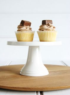 5 BUTTERCREAM FROSTING FLAVOR RECIPES