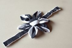 Decorate the Doggie with this DIY Dog Collar Flower at FabYouBliss!
