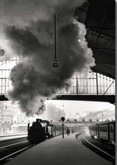 Gare St Lazare      Paris 1958      Edouard Boubat