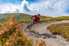 Neuer Mountainbike Flowtrail für die ganze Familie auf der Turracher Höhe! Roller Coaster, Tourism, Road Trip Destinations, Alps, Summer Recipes