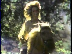 ▶ 1978 Farrah Fawcett shampoo commercial - YouTube LOL I actually remember this and used it.