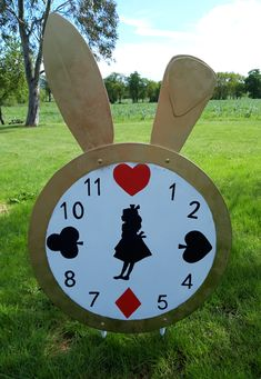 Unhappy Birthday, Petite Section, Conte, Alice In Wonderland, Easy Diy, Disney, Outdoor Decor, Handmade, Drawings