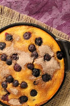 Sweet or savory? Maybe a little bit of both. Cinnamon blueberry cornbread made in a cast iron skillet. Blueberry Cornbread, Sweet Cornbread, Blueberry Recipes, Iron Skillet Recipes, Skillet Cooking, Skillet Meals, Just Desserts, Dessert Recipes, Dessert Bread