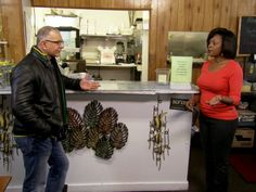 Restaurant Revisited: Treading Water at Bryant's Seafood World