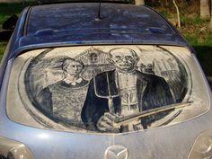 """Dirty Car Art"" Scott Wade,  el arte de pintar  sobre parabrisas totalmente sucios de automóviles."