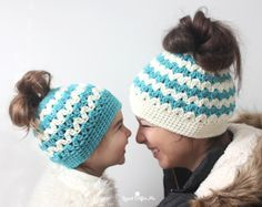 messybunhat2 http://www.repeatcrafterme.com/2016/12/crochet-mommy-and-me-messy-bun-hats.html