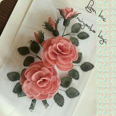 Needle Lace, Crafts, Wire Trees, Manualidades, Handmade Crafts, Craft, Arts And Crafts, Artesanato, Handicraft