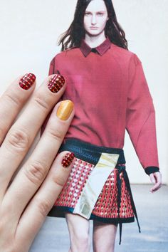 Nail Art DIY: Make This Runway-Inspired Mani Yours #refinery29  http://www.refinery29.com/runway-nail-art#slide4  Step 5: Paint your index finger solid gold to really capture Proenza Schouler's design.       Photographed by Guang Xu