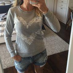Sweatshirt with heart Sweatshirt with heard paint H&M Sweaters Crew & Scoop Necks