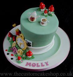 Alice in Wonderland Mad Hatter Cake Alice In Wonderland Tea Party Birthday, Alice In Wonderland Cakes, Alice Tea Party, Wonderland Party, Mad Hatter Cake, Movie Cakes, Disney Cakes, Novelty Cakes, Cake Shop
