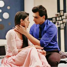 kaira luvers Cute Couples Photos, Couples In Love, Couple Photos, Best Love Stories, Love Story, Kartik And Naira, Kaira Yrkkh, Mohsin Khan, Cutest Couple Ever