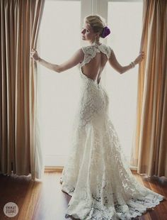 no-back-wedding-dresses-lace-wedding-dress-open-back-say-yes.jpg 640×841 pixels