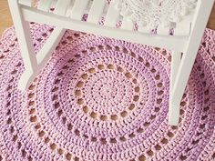 Crochet Mandala Rug What You'll Be CreatingIn this tutorial we'll be making a beautiful crochet rug, made from T-shirt yarn. The pattern uses US terms and stitches include slip stitch (sl st); Diy Crochet Rug, Mandala Rug, Crochet Rug Patterns, Crochet Mandala Pattern, Crochet Motifs, Crochet Home Decor, Crochet Round, Crochet Crafts, Free Crochet