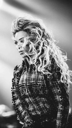 Beyonce The Mrs. Carter Show in Manchester February 2014