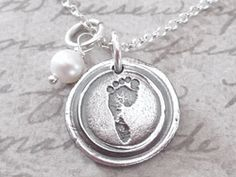 What a great keepsake and its made with your child's actual footprint!
