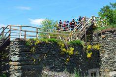 Nový Hrádek u Lukova, vyhlídkový ochoz na střeše mladšího hradu.