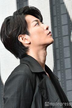 (画像38/39) 佐藤健 (C)モデルプレス - 新宿に佐藤健!本郷奏多・二階堂ふみのべた褒めに「止めてくれ」と大照れ