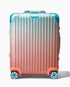 Travel Duffle Bag Weekender Bag In Trolley Handle Red Rose Toiletry Bag Waterproof Nylon Luggage Duffel Bag Tote Luggage Bag For Party Hiking Toiletry Bag