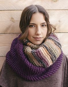 Book Beginners 5 Autumn / Winter   2: Woman Cowl   Orange-Lilac / Violet