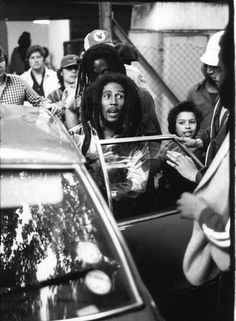 """Excuse me while i light my spliff"" #quotes #bob #marley"