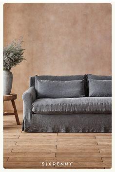 Industrial Design Portfolio, Portfolio Design, Spa Room Decor, Home Decor, My Living Room, Love Seat, Family Room, Furniture Design, Sweet Home