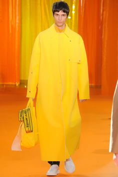 Off-White Fall 2016 Menswear Collection - Vogue Runway Fashion, High Fashion, Mens Fashion, Paris Fashion, Fashion Trends, Fashion Show Collection, Winter Collection, Vogue Paris, Off White Mens
