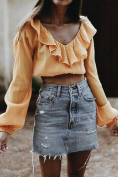 How to wear fall fashion outfits with casual style trends Denim Skirt Outfits, Edgy Outfits, Cool Outfits, Fashion Outfits, Style Fashion, Jeans Dress, Office Outfits, Grunge Outfits, Today's Fashion Trends