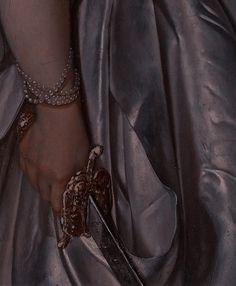 Queen Aesthetic, Princess Aesthetic, Book Aesthetic, Character Aesthetic, Aesthetic Pictures, Medieval Fantasy, Dark Fantasy, Slytherin, Dark Castle